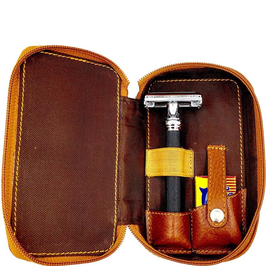 Scheeretui Safety Razor & Blades in bruin Leder